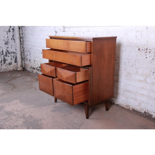 Mid-Century Modern Sculpted Walnut Diamond Front Highboy Dresser by United For Sale - Image 10 of 13