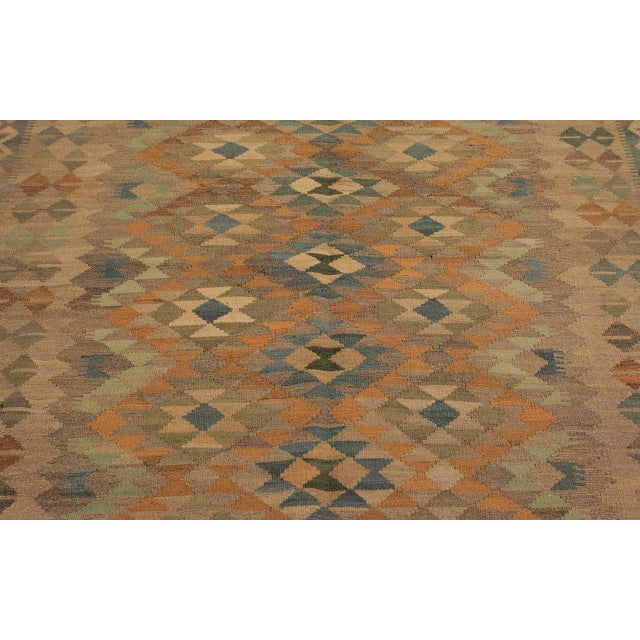 Xara Gray/Blue Hand-Woven Kilim Wool Rug -5'0 X 6'9 For Sale In New York - Image 6 of 8