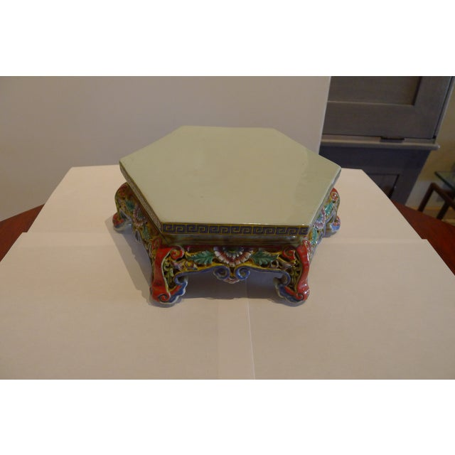 Early 20th Century Chinese Porcelain Famille Verte Wedding Lantern For Sale - Image 5 of 12