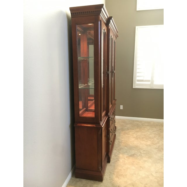 Traditional Thomasville Dining Room Hutch For Sale - Image 3 of 5