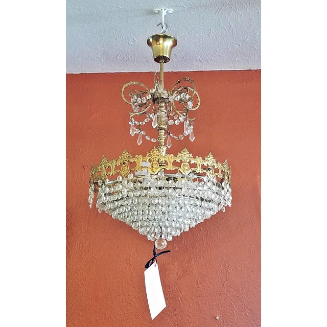 19c French Crystal Ormolu Chandelier For Sale - Image 4 of 8