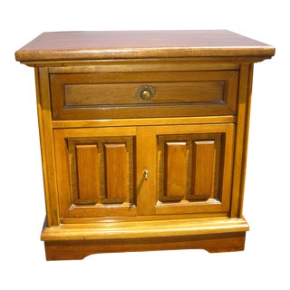 Mid Century Modern Bassett One Drawer Nightstand End Table For Sale