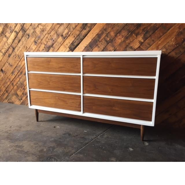 Mid Century Refinished Walnut/White Lacquer 6 Drawer Dresser For Sale In Los Angeles - Image 6 of 7
