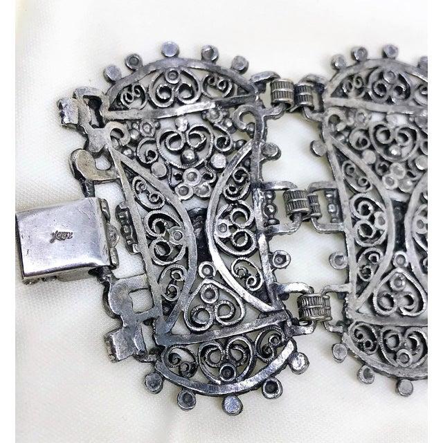 1940s 1940s Jeray Estruscan-Revival Silvertone LInk Bracelet For Sale - Image 5 of 7