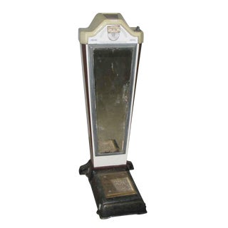 Vintage Enameled Metal Coin Scale With Original Mirror For Sale