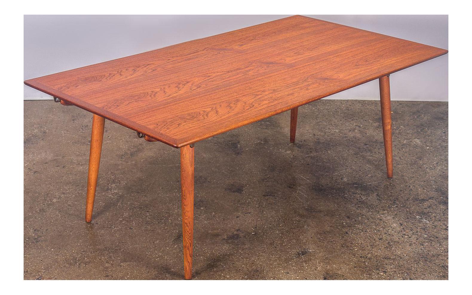 Hans J. Wegner JH570 Exapandable Teak Dining Table For Johannes Hansen    Image 1 Of