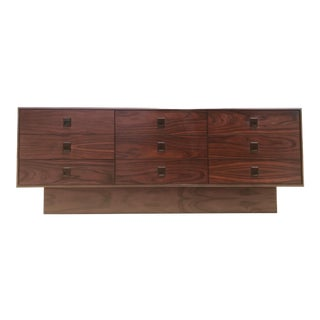 Mid-Century Modern Floating Rosewood Dresser For Sale