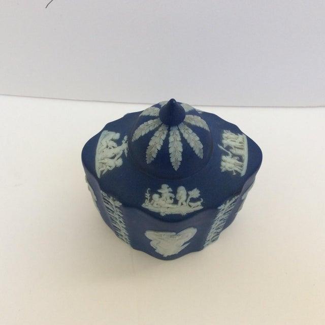 Blue & White Wedgwood Tea Caddy - Image 3 of 6