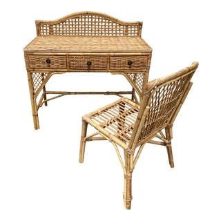 1970s Asian-Style Wicker Desk With Chair** - 2 Pieces For Sale