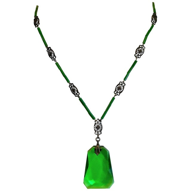 1920s Deco Era Green Faceted Glass Pendant Necklace For Sale
