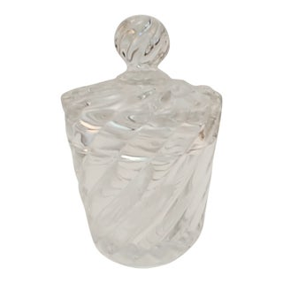 Early 20th Century Baccarat Crystal Swirl-Pattern Jar With Lid For Sale