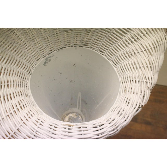 White Modern White Wicker Lily-Shaped Tulip Planter Stands - a Pair For Sale - Image 8 of 11