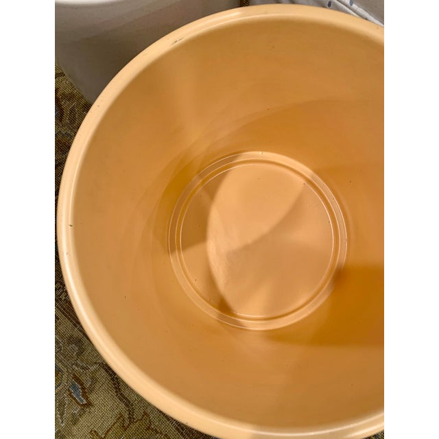 Mid-Century Gainey Style Pottery Planter For Sale In Chicago - Image 6 of 10