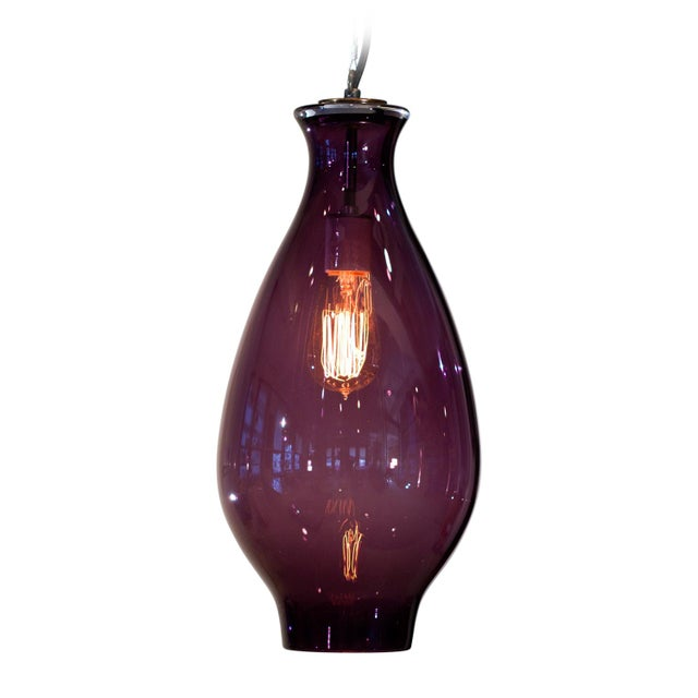 Modern Vesuvius Iris in Lilac Pendant Light For Sale - Image 3 of 3
