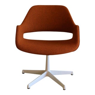 Mid Century Arthur Umanoff for Madison Furniture Orange Swivel Armchair For Sale