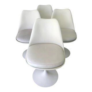"Set 4 ""Tulip"" Swivel Chairs for Knoll Bu Saarinen For Sale"