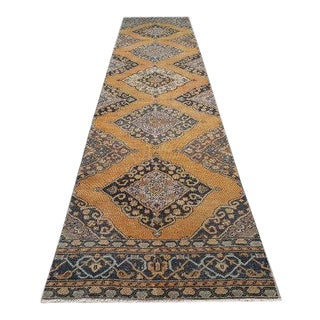 Vintage Distressed Low Pile Runner With Modern Elegance, Oushak Gallery Rug, Salmon Color Medallion Design Rug 4'9'' X 14'1'' / 90x402cm For Sale