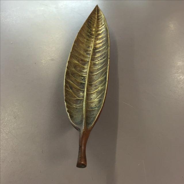1948 Brass Euphorbia Codiacum Leaf Dish - Image 3 of 4