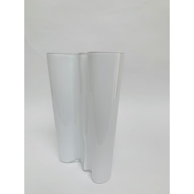 Alvar and Aino Aalto for Iittala Finland Scandinavian Modern Savoy Glass Vase For Sale In New York - Image 6 of 10