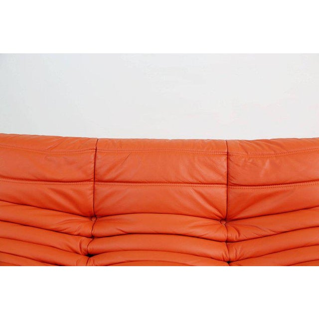 Togo Loveseat in Orange Leather by Michel Ducaroy for Ligne Roset, France For Sale - Image 9 of 13