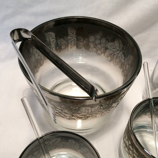Dorothy Thorpe Ombre IceBucket with Tongs and 2 Glasses with Swizzel Stick and Cocktail Shaker - Image 7 of 11