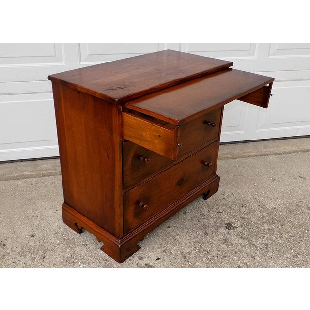 1950s 1950s Vintage Pine Tique 3-Drawer Bachelors Chest For Sale - Image 5 of 11