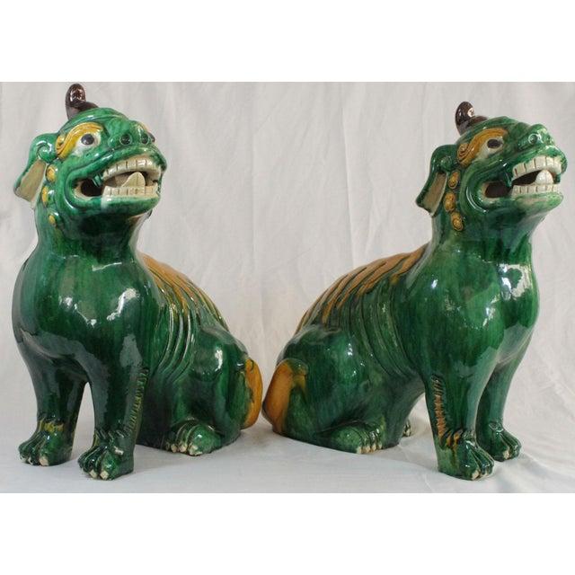 Pair of Famille Verte Foo Dogs - Image 3 of 10