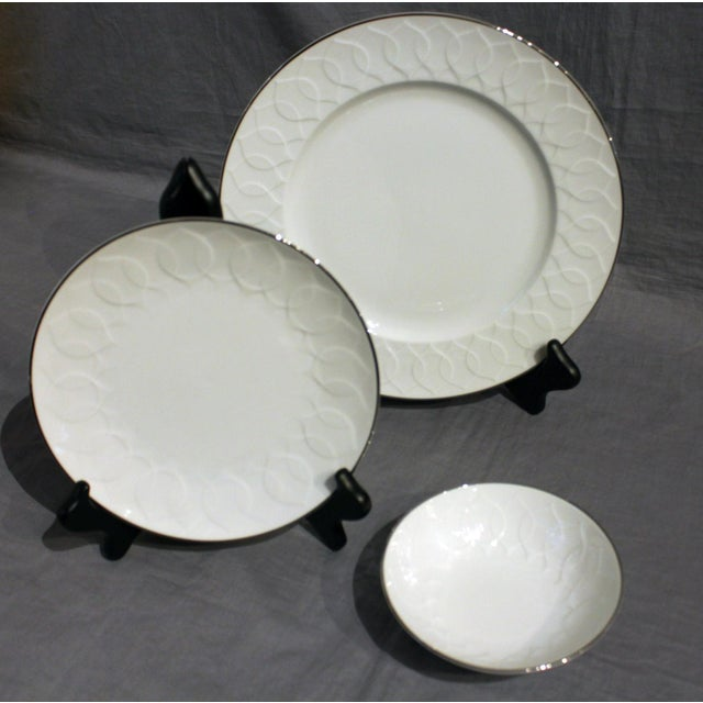 1970s Rosenthal Studio-Line China Service - Set of 98 For Sale In Raleigh - Image 6 of 10