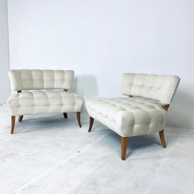 """Wood Wiliam """"Billy"""" Haines Large Scale Regency Tufted Klismos Lounge Slipper Chairs - a Pair For Sale - Image 7 of 13"""