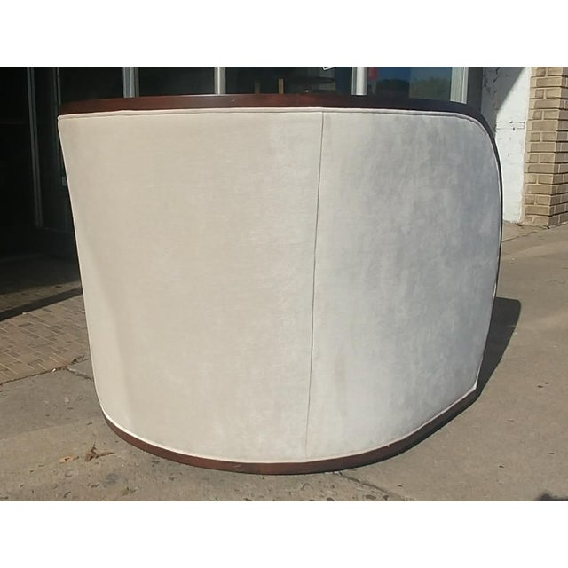 Thomasville Thomasville Furniture Ernest Hemingway Partaga Swivel Accent Chair For Sale - Image 4 of 9