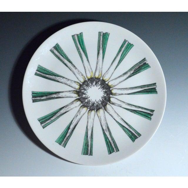Piero Fornasetti Giri Di Verdure Plate with Leeks. - Image 2 of 2