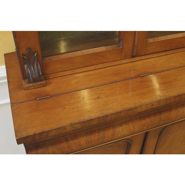 Mid 19th Century 19th Century Victorian Mahogany Display Cabinet For Sale - Image 5 of 10