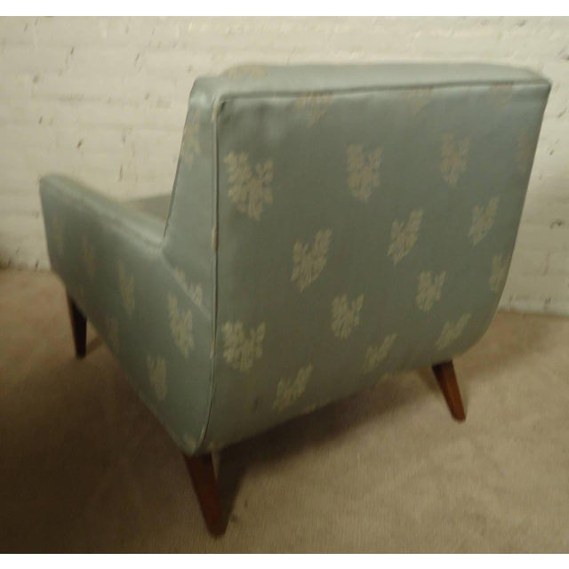 Mid-century Lounge Chair with Matching Ottoman For Sale - Image 4 of 6