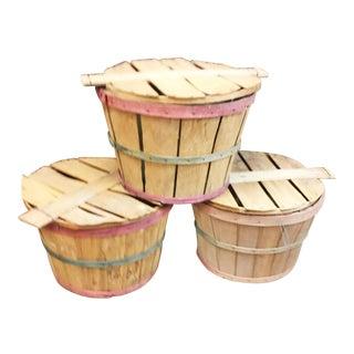 Vintage Splint Wood Bushel Baskets With Lids - Set of 3 For Sale