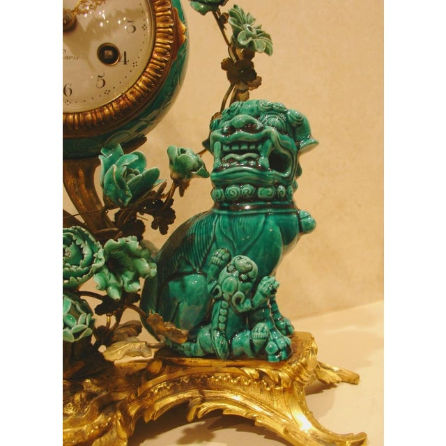 A Chinese Porcelain and French Ormolu Mounted Clock Garniture - Image 6 of 8