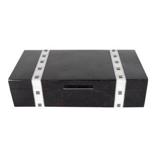 Black Lacquer Cracqueleur Box with Kabibi Inlay and Art Deco Square Motif