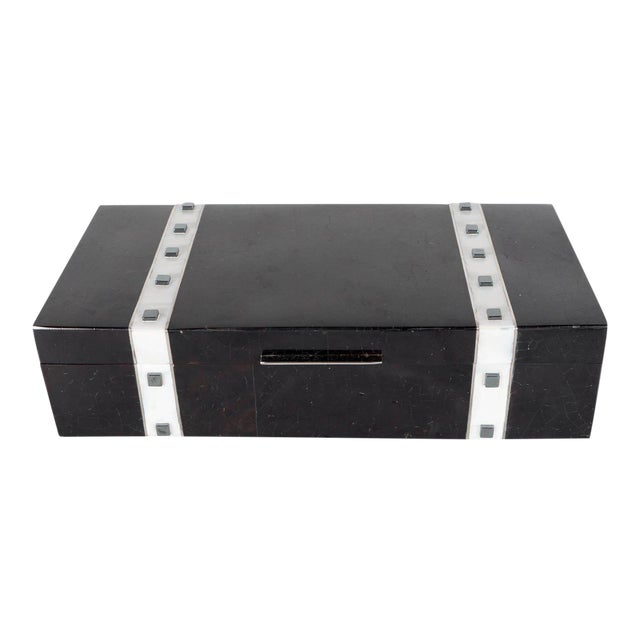 Black Lacquer Cracqueleur Box with Kabibi Inlay and Art Deco Square Motif For Sale