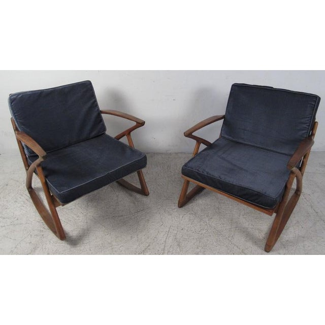 Campaign Poul Jensen Z Style Sculpted Lounge Chairs - a Pair For Sale - Image 3 of 8