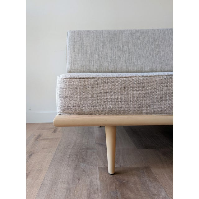 Nelson Daybed for Herman Miller For Sale In Seattle - Image 6 of 13