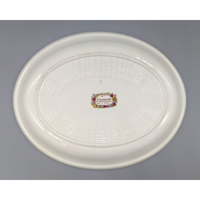 1970s 1970s English Enoch Wedgwood Tuns Botanical Nuphar Luteum Serving Platter For Sale - Image 5 of 9