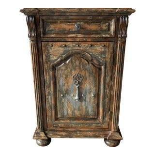 Hooker Furniture Distressed Finish Chest For Sale