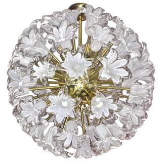 Contemporary Italian White Murano Glass and Brass Sputnik Bud Flower Chandelier For Sale