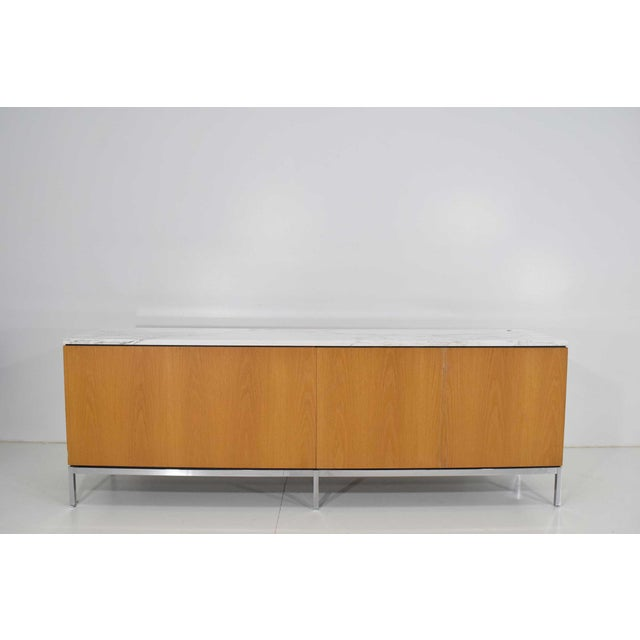Marble Florence Knoll Credenza in White Oak and Calacutta Marble For Sale - Image 7 of 10