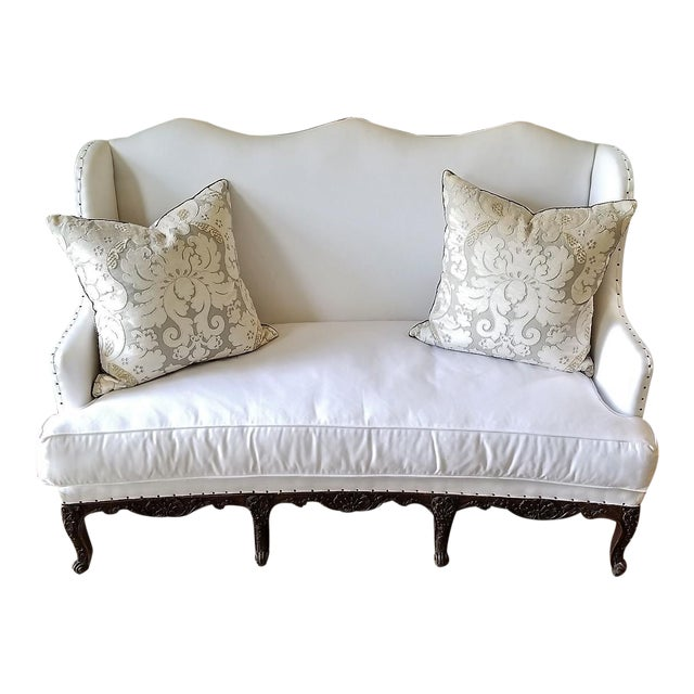 18th C Regence Banquette. New White Upholstery. For Sale