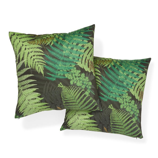 Contemporary Contemporary Schumacher X Clements Ribeiro Fernarium Pillow in Green & Black - 20ʺw × 20ʺh For Sale - Image 3 of 7