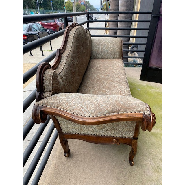 Traditional Early 19th C. French Walnut Settee With Guilt Accents For Sale - Image 3 of 13