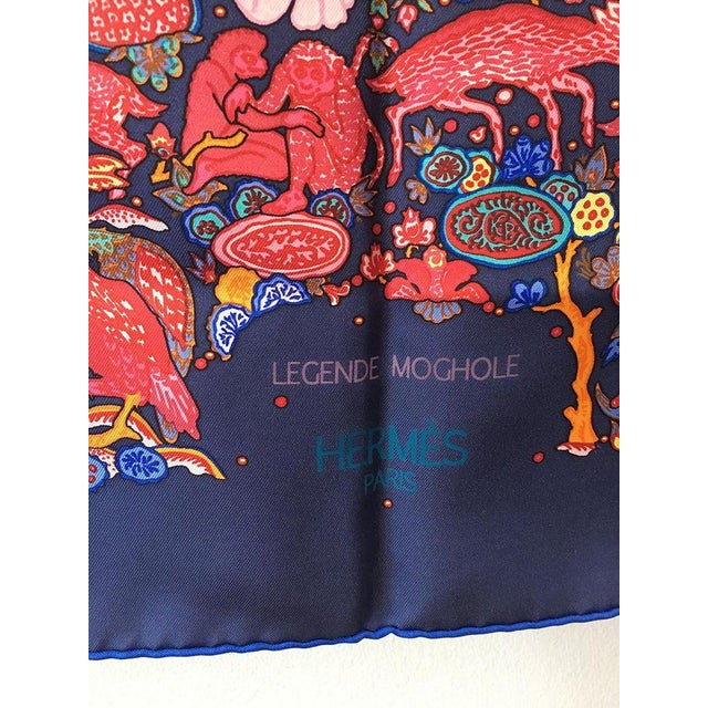 Hermès Hermes Legende Moghole Silk Scarf in Navy Blue For Sale - Image 4 of 7