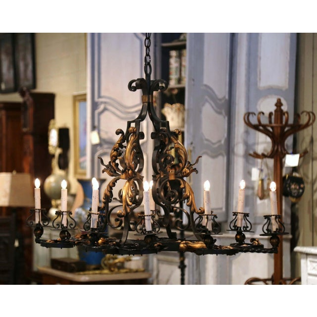 Early 20th Century French Painted & Gilt Iron Flat Bottom Ten-Light Chandelier For Sale - Image 4 of 13