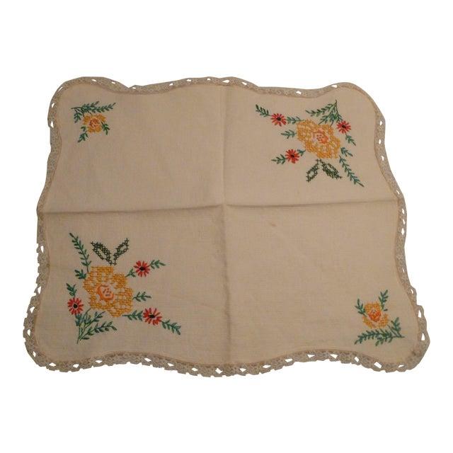 Vintage Handmade Embroidery Linen Topper Runner Biscuit Bread Holder For Sale