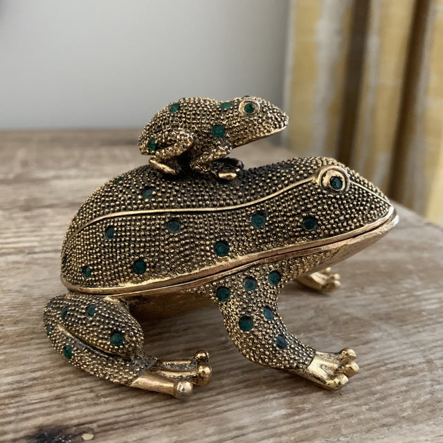 Bejeweled Gold Frog paperweight and Desk Accessory Set. Beautiful vintage desk peice featuring a solid cast metal...